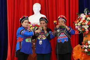 Bộ VHTTDL: Tổ chức truyền dạy văn hóa phi vật thể cho dân tộc La Chí và Phù Lá