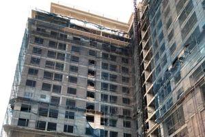 2 công nhân thương vong ở tòa nhà Hòa Xá: An toàn lao động buông lỏng?