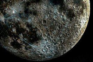 Bức ảnh Mặt trăng 'chân thực nhất thế giới' sắc nét không thua vệ tinh