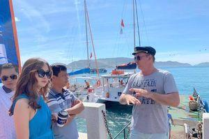 Khảo sát tour thuyền buồm trên vịnh Nha Trang