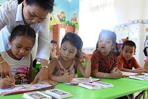 Nữ tu xây trường học giúp trẻ em khó khăn