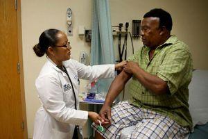 Chính quyền Tổng thống Donald Trump yêu cầu hủy bỏ Đạo luật Obamacare: Vấn đề gây tranh cãi