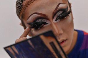Drag queen - con đường bước ra ánh sáng của LGBT Trung Quốc