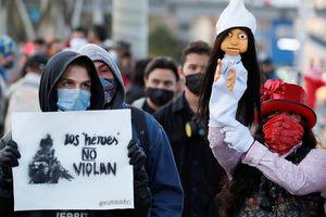 118 binh sĩ Colombia dính án hiếp dâm