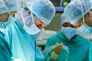Ghép dương vật cho người đàn ông ở Anh sau một ngày bị cắt lìa