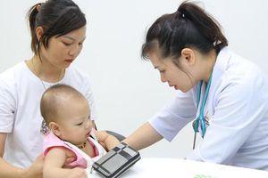 Tiêm vaccine bạch hầu cho trẻ dưới 7 tuổi bị sót hoặc thiếu mũi