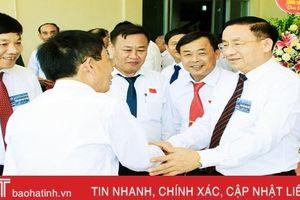 Góp ý văn kiện Đại hội Đảng bộ tỉnh Hà Tĩnh - Đợt sinh hoạt chính trị sâu rộng trong toàn dân