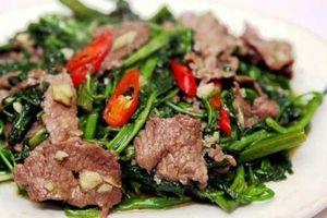 Bí quyết nấu thịt bò xào rau muống không dai, giòn sần sật tới người khó tính cũng phải khen ngon
