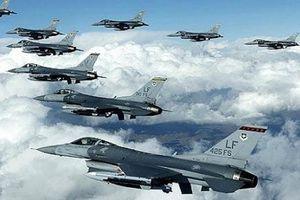 Tiêm kích F-16 đảo Đài Loan ào ạt ném bom diễn tập
