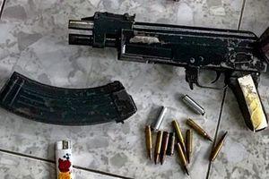 9X mượn súng bắn đối thủ trả thù cho bà nội