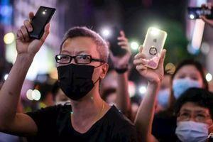 Người Hong Kong xóa bài đăng cũ, lịch sử chat vì sợ luật an ninh mới