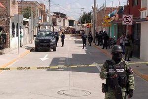 Xả súng liên tiếp ở Mỹ và Mexico