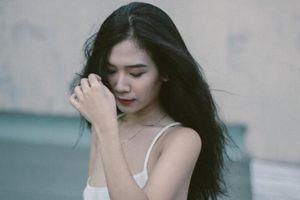 Hot girl Sài Gòn nổi tiếng được ca ngợi trên báo Trung là ai?