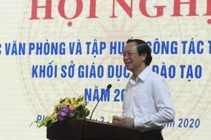Thứ trưởng Phạm Ngọc Thưởng: Đội ngũ cán bộ công tác văn phòng đóng góp to lớn, hiệu quả thực hiện nhiệm vụ năm học