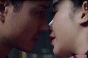 Quỳnh Kool toát mồ hôi vì 7 lần quay cảnh hôn Thanh Sơn