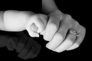Làm mẹ đơn thân không phải cái tội