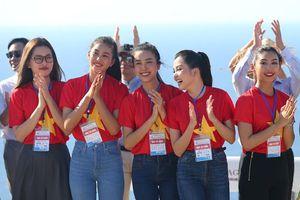 Dàn hoa hậu 'hâm nóng' giải chạy đặc biệt trên đảo Lý Sơn