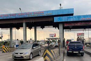 Hỏa tốc đề nghị thu phí trở lại cao tốc TP.HCM - Trung Lương