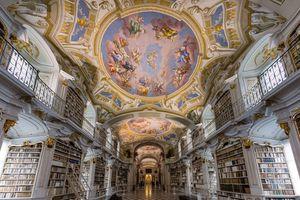 Khám phá vẻ đẹp cổ kính của 5 thư viện tráng lệ nhất thế giới