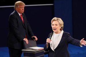 Hillary: Tôi có thể giúp Mỹ chống dịch tốt hơn TT Trump