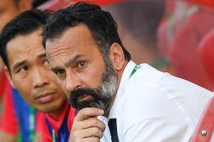 Ban tư cách cầu thủ FIFA sẽ giải quyết vụ HLV Lopez kiện Thanh Hóa