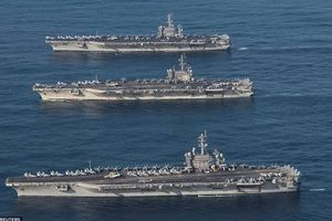 Mỹ điều 2 tàu sân bay tới tập trận ở Biển Đông