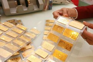 Giá vàng SJC tiến sát mốc 50 triệu đồng/lượng