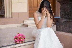 Tôi bật khóc, tháo khăn voan đòi hủy hôn khi nhìn thấy cổng hoa đón dâu nhà trai