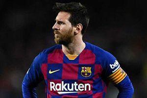 'Messi sẽ bị cám dỗ bởi Guardiola hoặc được sát cánh cùng Ronaldo'