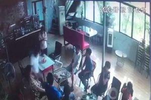 Hà Nội: Mâu thuẫn sau cuộc rượu một người đàn ông bị đâm tử vong