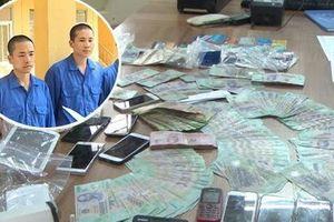 Thanh niên trong đường dây đánh bạc 20.000 tỷ ở Hưng Yên: Không thể hiện là người có tiền, vẫn làm dịch vụ hỏa táng trước khi bị bắt