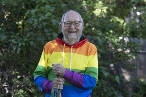Cụ ông 90 tuổi công khai đồng tính vì không thể quên tình cũ