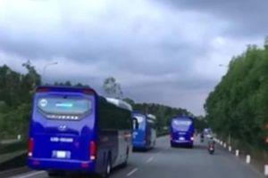 Bức xúc đoàn xe chở công nhân của Công ty Doosan Việt Nam cản đường xe chữa cháy