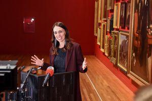 Thủ tướng New Zealand khởi động tranh cử với cam kết phục hồi kinh tế