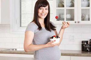 3 thời điểm mẹ bầu ăn sữa chua biến lợi thành hại cho con