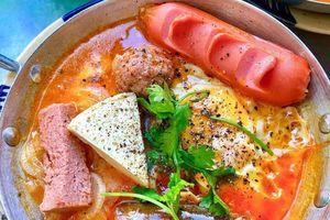 Bánh mì chảo và loạt món ngon đổi vị bữa sáng ở TP.HCM