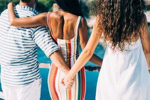 Thành phố ở Mỹ cho phép gia đình có nhiều hơn 1 vợ, 1 chồng
