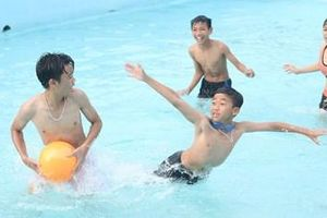 Bài 2: Chung sức đồng lòng 'xóa mù' bơi hiệu quả
