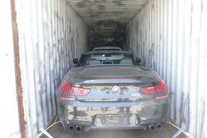 Phát hiện loạt xe bị đánh cắp trong container ở Italy