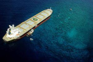Sơ tán khẩn cấp hơn 400 người sau sự cố tràn dầu ở Phillippines