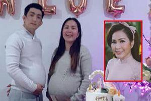 Bảo Duy đăng hình mới nhất chụp cùng vợ ba, dung nhan khi mang bầu lần hai gây chú ý