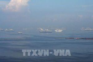 Sơ tán khẩn cấp hàng trăm người để khắc phục sự cố tràn dầu ở miền Trung Philippines