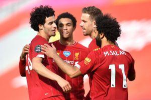 Sao trẻ lập công, Liverpool lấy lại thể diện khi hạ Aston Villa