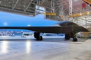Máy bay ném bom B-21 có thể qua mặt S-400 Nga dễ dàng?