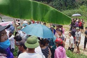 Yên Bái: 3 học sinh 15 tuổi đi bắt ốc bị đuối nước thương tâm