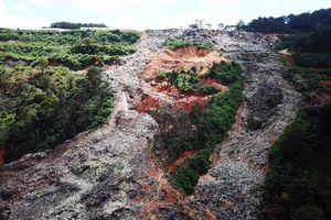 Núi rác ở Đà Lạt sạt lở hàng trăm tấn, mùi hôi thối bao phủ khắp nơi