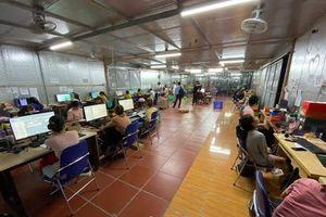 Hơn 100 Cảnh sát và QLTT triệt xóa kho hàng lậu cực lớn ở Lào Cai