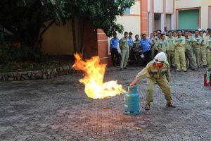 Truyền tải điện Quảng Trị dưỡng nghiệp vụ Phòng cháy chữa cháy và cứu hộ cứu nạn năm 2020