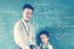 Giúp đỡ em sinh viên nghèo mổ mắt