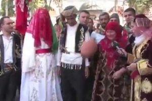 Thổ Nhĩ Kỳ: Chỉ chú rể và cô dâu được nhảy trong đám cưới